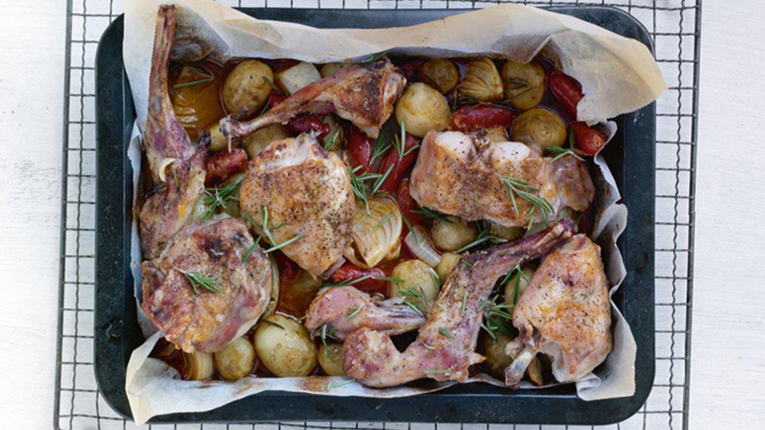 Kanin El Kylling Med Chorizopølse Og Kartofler Opskrift Nemligcom